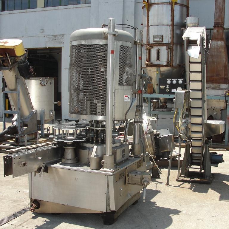 Capping Machine Pneumatic Scale Corp screw capper model Pneuma-Capper, 240 bpm4