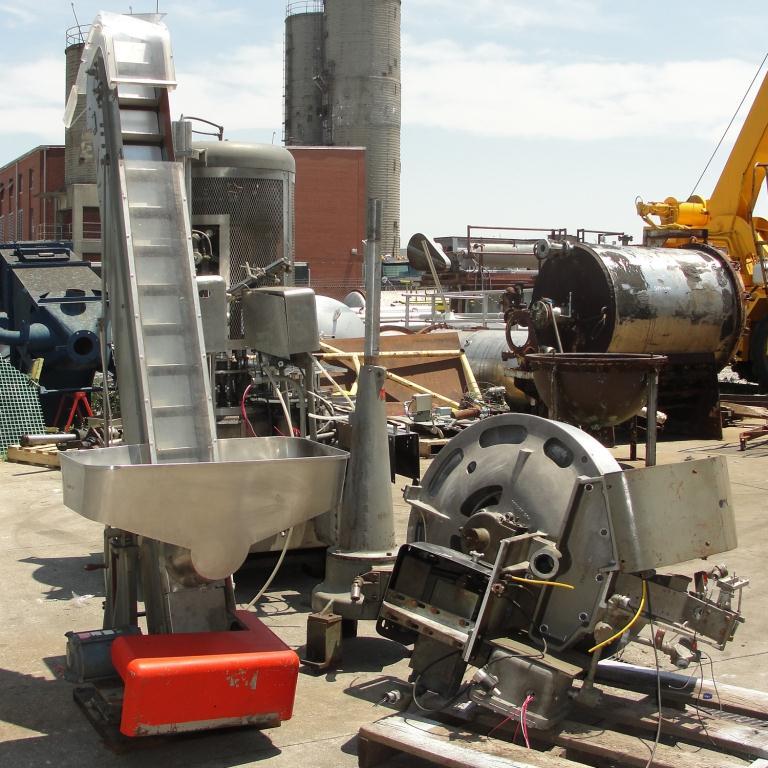 Capping Machine Pneumatic Scale Corp screw capper model Pneuma-Capper, 240 bpm10