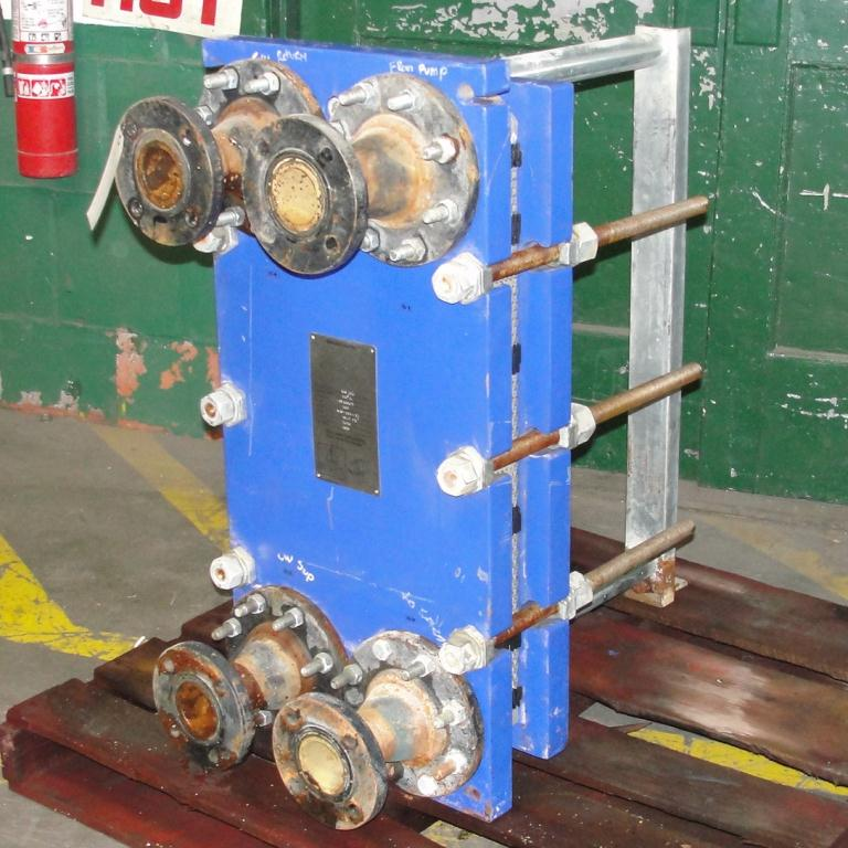 Heat Exchanger 40.26 sq.ft. Alfa Laval plate heat exchanger, Stainless Steel Contact Parts1