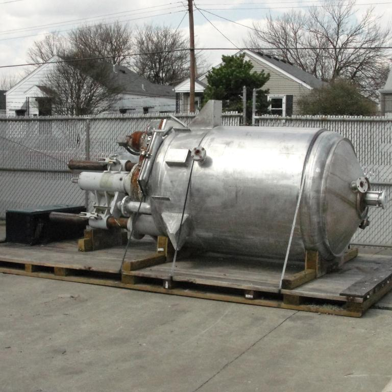 Mixer and Blender 400 gallon capacity Buhler vacuum mixer scrape and dispersion agitator, FV and 3 psi @ 250°F internal, 50 psi @ 250°F jacket4