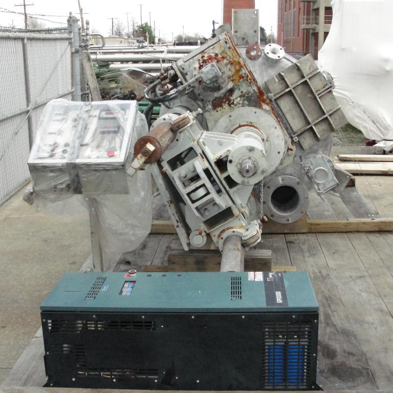 Mixer and Blender 400 gallon capacity Buhler vacuum mixer scrape and dispersion agitator, FV and 3 psi @ 250°F internal, 50 psi @ 250°F jacket7