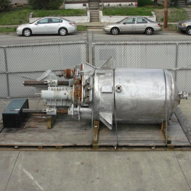 Mixer and Blender 400 gallon capacity Buhler vacuum mixer scrape and dispersion agitator, FV and 3 psi @ 250°F internal, 50 psi @ 250°F jacket14