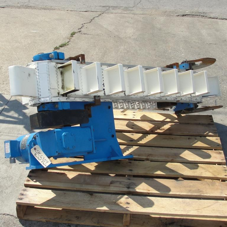 Conveyor bucket elevator Polyethylene1