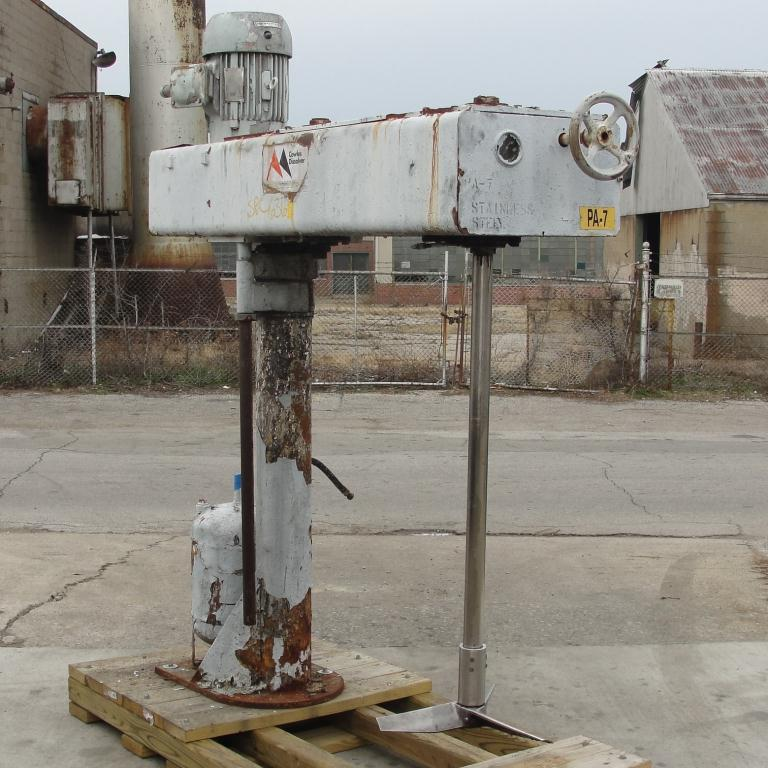 Mixer and Blender 5 hp Cowles disperser, 32 lift, single shaft style, belt drive