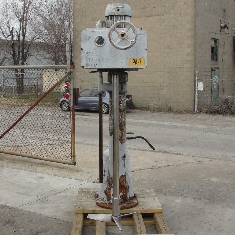 Mixer and Blender 5 hp Cowles disperser, 32 lift, single shaft style, belt drive3