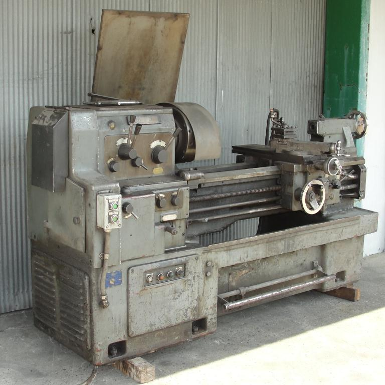 Machine Tool Webb model 17Gx40 metal lathe, 17/25 swing, 40 centers, 6-Jaw, Self-Centering chuck3