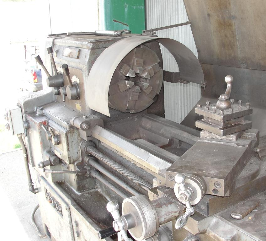 Machine Tool Webb model 17Gx40 metal lathe, 17/25 swing, 40 centers, 6-Jaw, Self-Centering chuck4