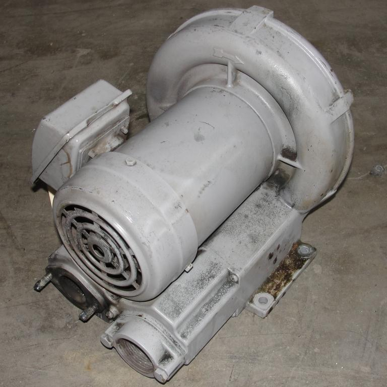 Blower 55 cfm regenerative blower Fuji Electric Co model VFC-300A-7W .5 hp3