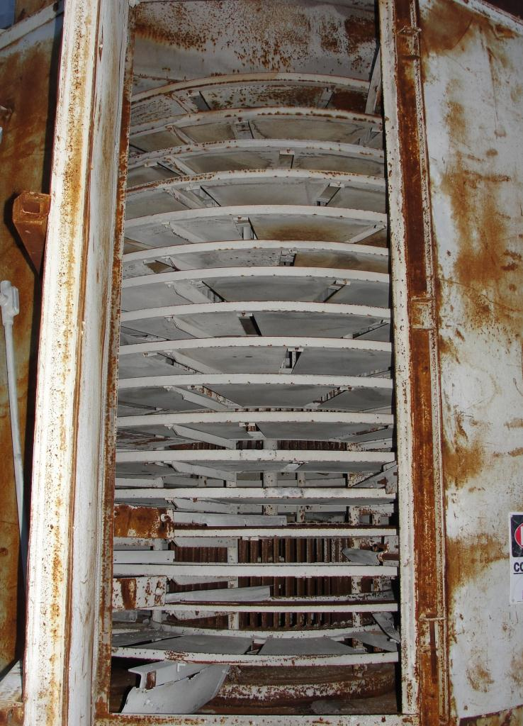 Dryer Wyssmont rotary tray dryer 17 shelves, 78 tray diameter, natural gas heat, Stainless Steel Contact Parts2