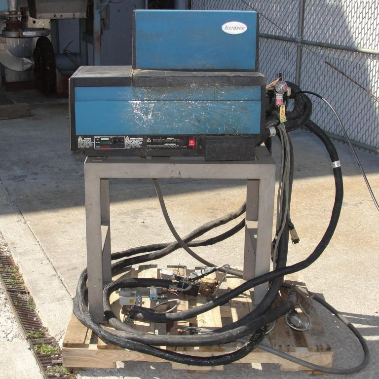 Hot Melt Dispenser Nordson hot melt glue dispenser model 37006
