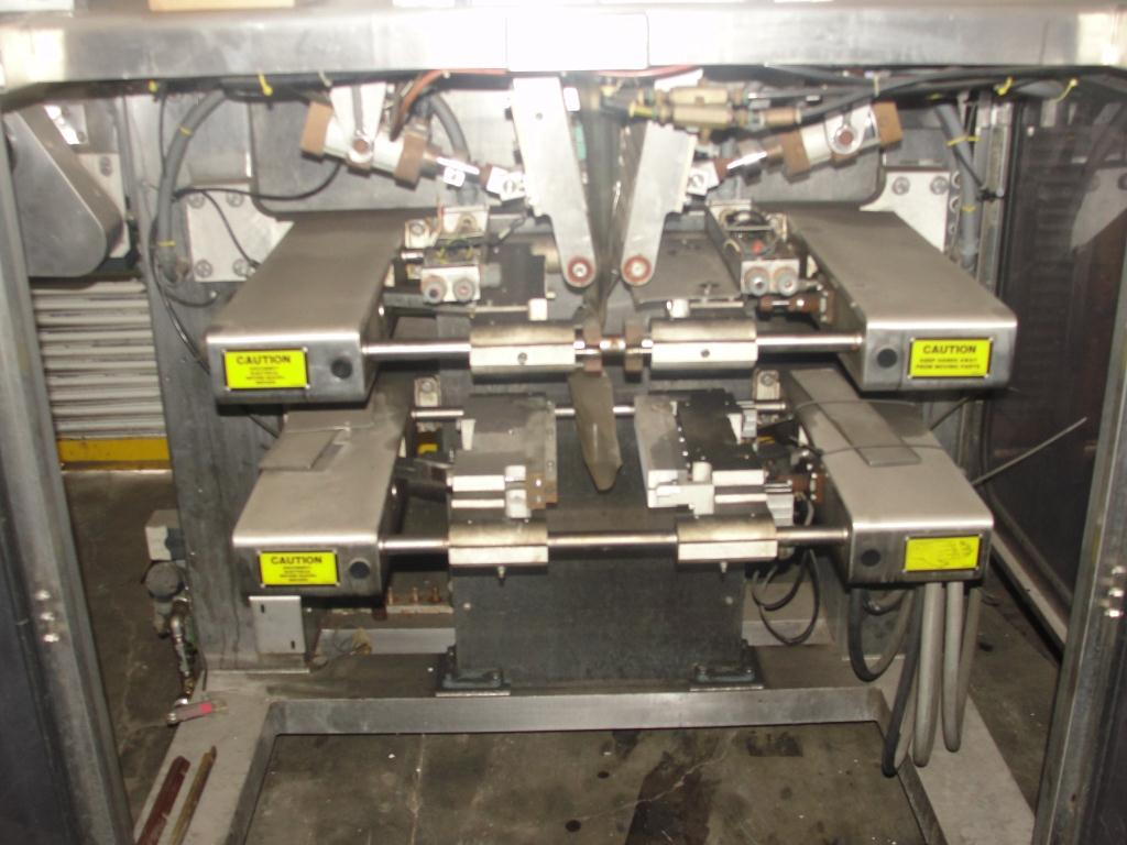 Form Fill and Seal Cryovac vertical form fill seal model 2000B, 6 to 12 w x 8 to 24 l, 30 ppm3