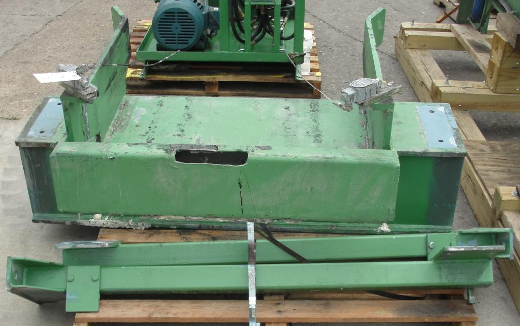 Mixer and Blender 40 diameter FCF-Bowers change can discharge press model TP-75-40, 50.5 stroke (in.)12