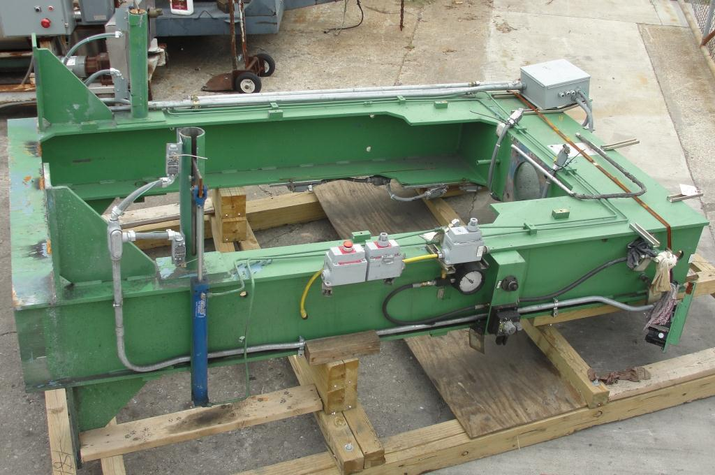 Mixer and Blender 40 diameter FCF-Bowers change can discharge press model TP-75-40, 50.5 stroke (in.)14