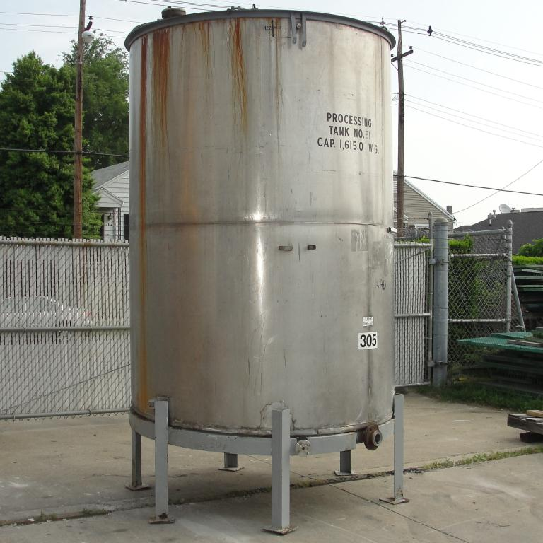 Tank 1615 gallon vertical tank, 304 SS, slope bottom5