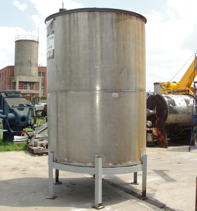 Tank 1610 gallon vertical tank, 304 SS, slope bottom6