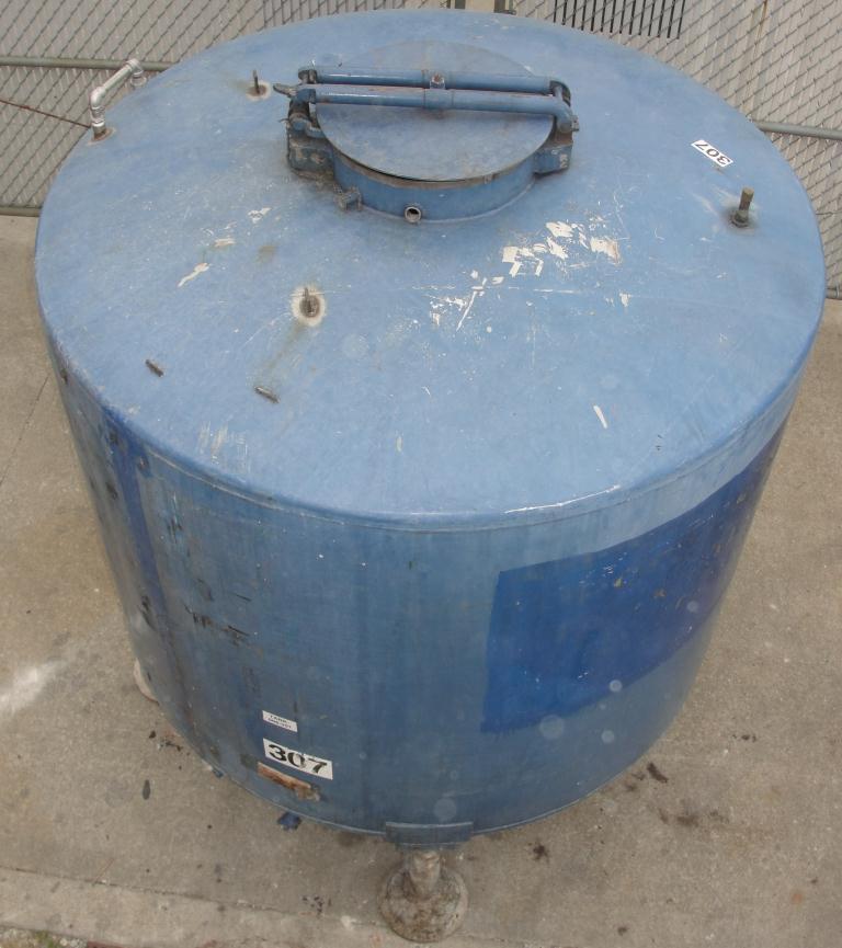 Tank 1110 gallon vertical tank, 304 SS, dish bottom3
