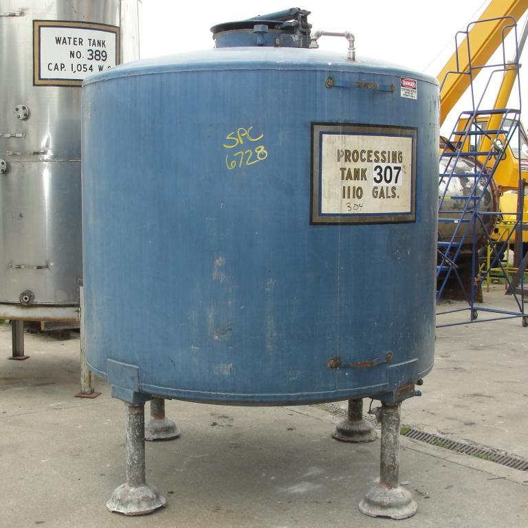 Tank 1110 gallon vertical tank, 304 SS, dish bottom5