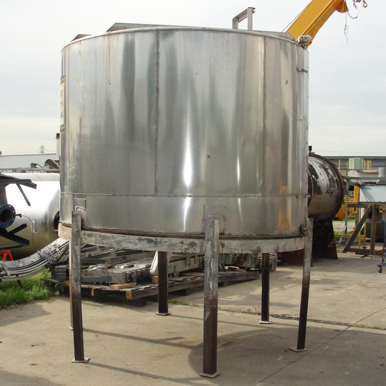 Tank 1530 gallon vertical tank, 304 SS, slope bottom6