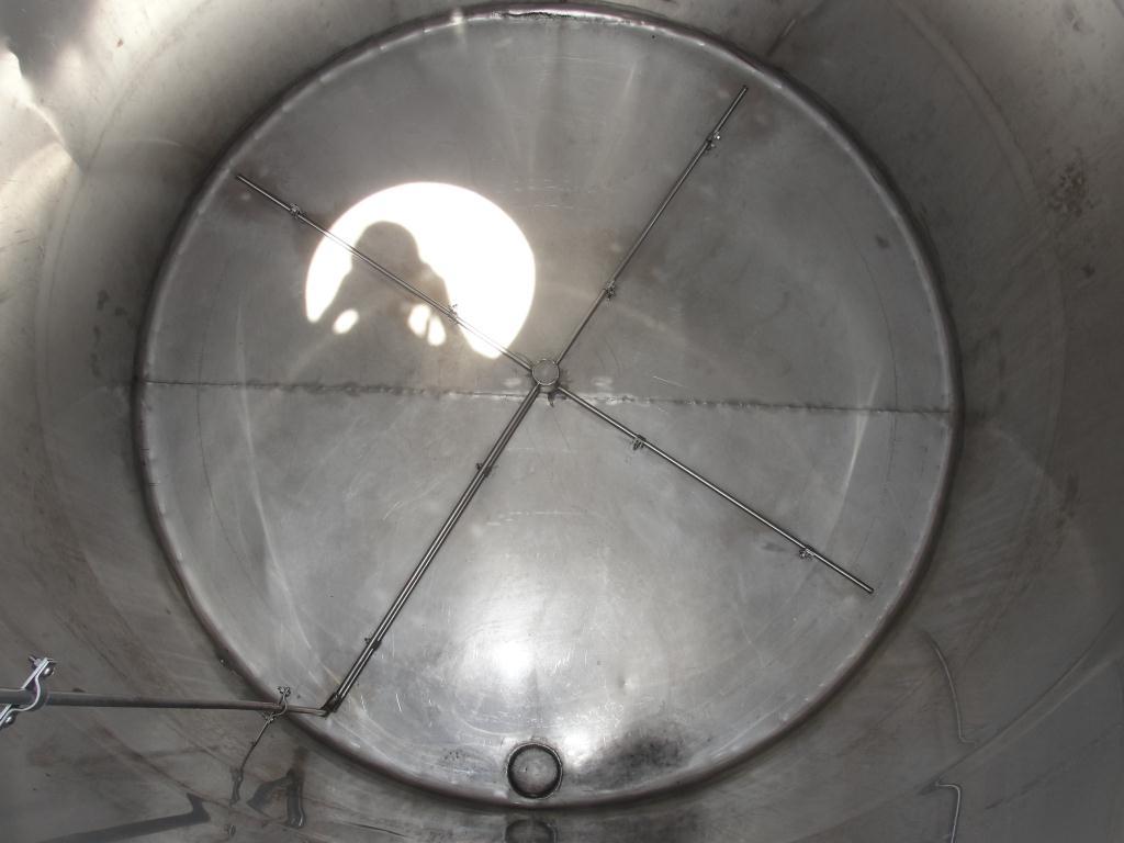 Tank 1560 gallon vertical tank, 304 SS, slope bottom2