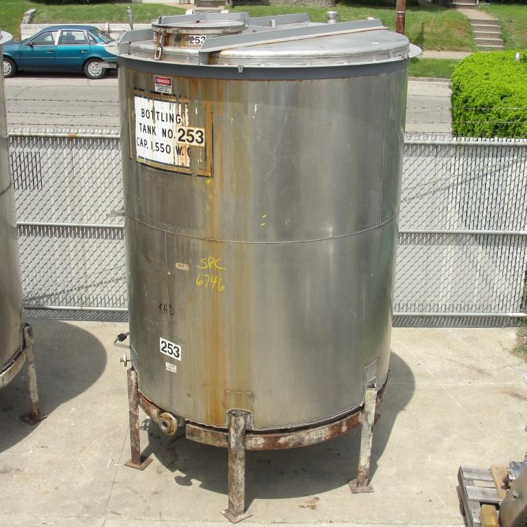 Tank 1560 gallon vertical tank, 304 SS, slope Bottom8