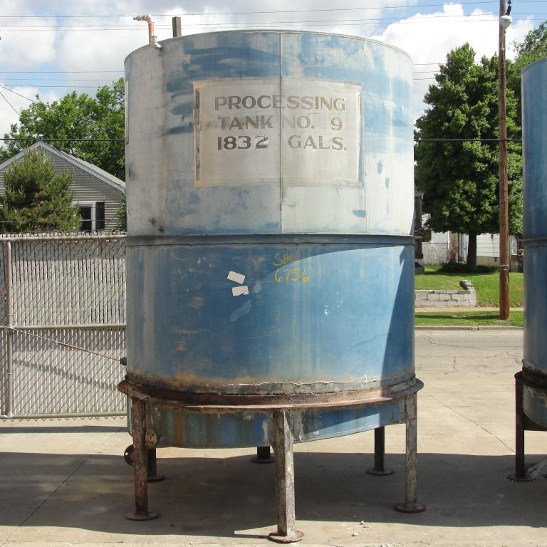 Tank 1821 gallon vertical tank, Inconel, slope bottom1