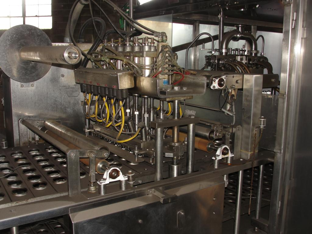 Filler 6 lane, 12 filling heads Osgood Industries Inc cup filler model 6100, up to 350 cpm6