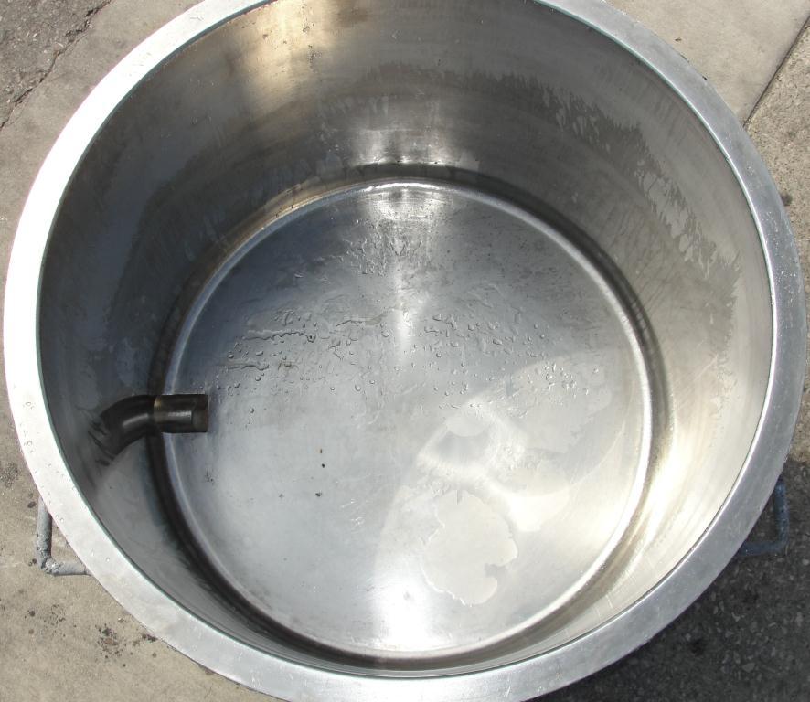 Mixer and Blender 100 gallon Ross change can Stainless Steel 39.25 inside diameter 27.5 inside height2