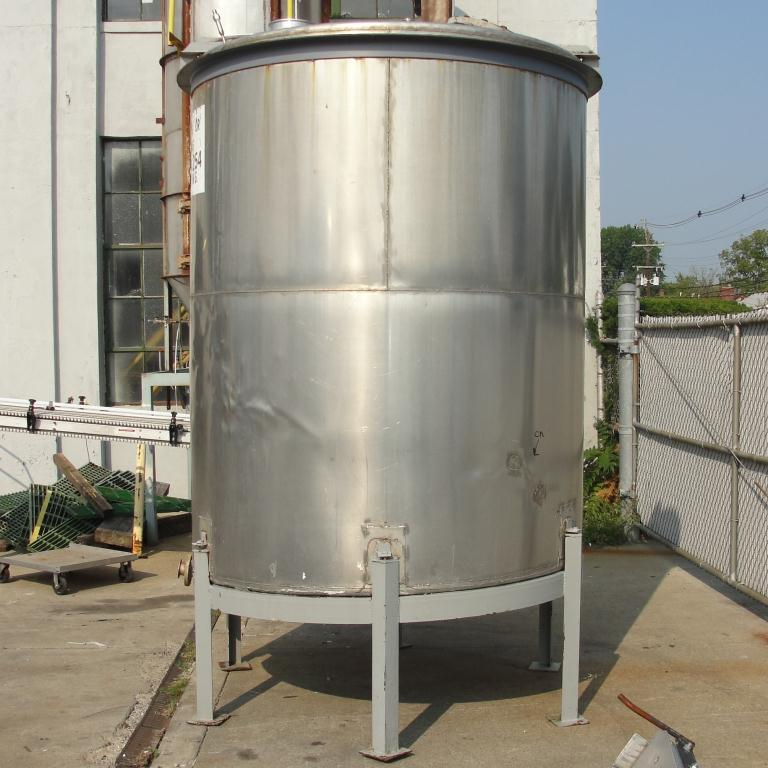 Tank 1550 gallon vertical tank, 304 SS, slope bottom5