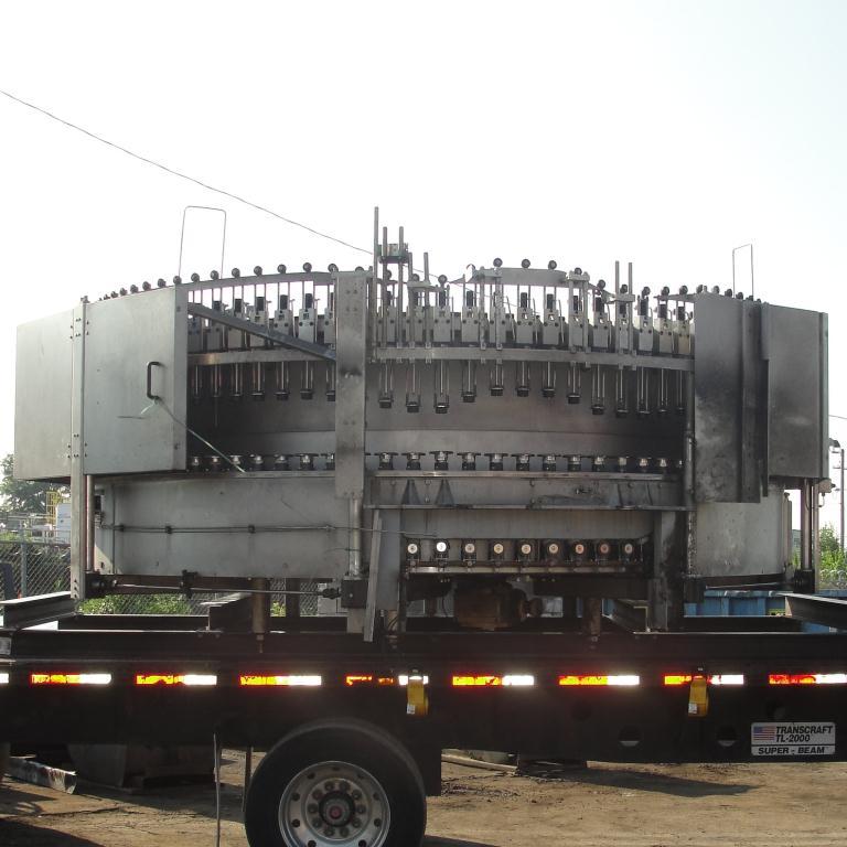 Filler 96 valve KHS liquid gravity filler model Compacta-Tronic monoblock, 5.56 centers, 580 bpm2