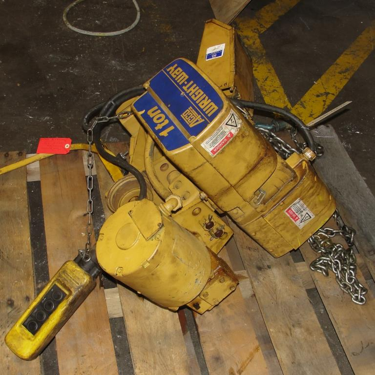 Material Handling Equipment chain hoist, 2000 lbs. ACCO model 2101865, 102