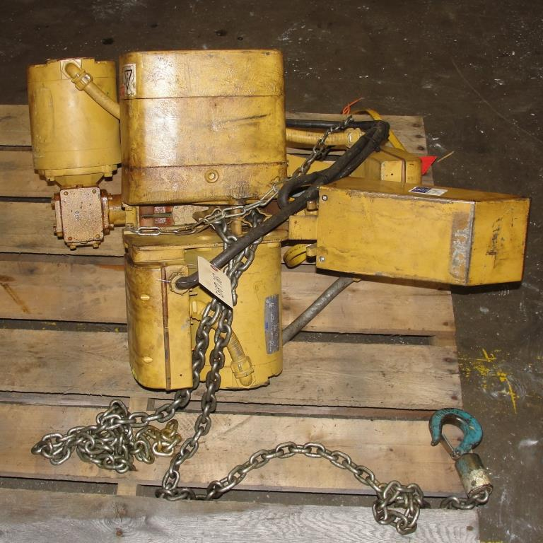 Material Handling Equipment chain hoist, 2000 lbs. ACCO model 2101865, 103
