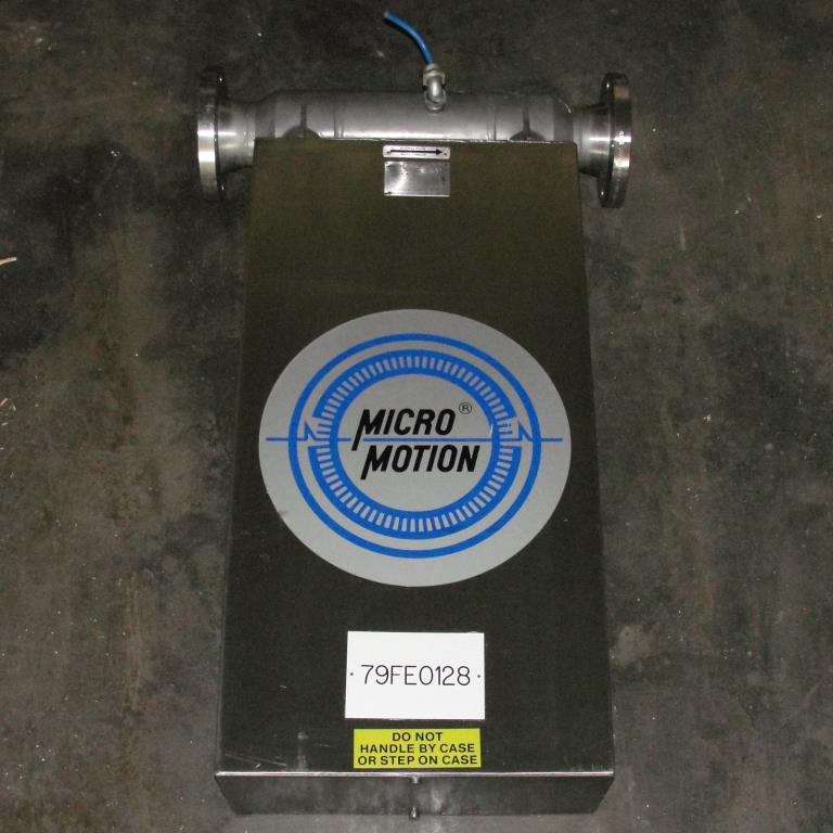 Miscellaneous Equipment 3 MicroMotion model D300S-SS-A150 mass flow meter up to 7000 lb/min flow range Stainless Steel2