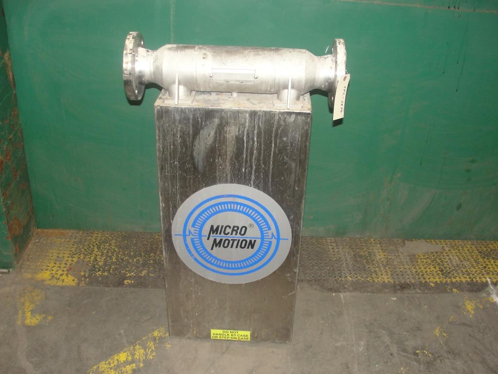Miscellaneous Equipment 3 MicroMotion model D300S-SS-A150 mass flow meter up to 7000 lbs/min flow range Stainless Steel5