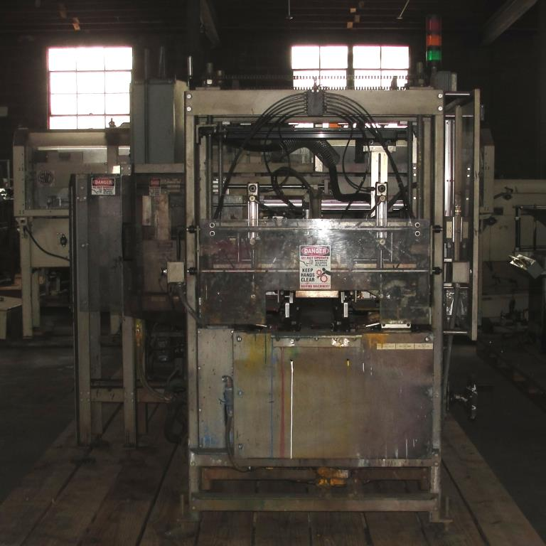 Case Packer SV Dice wrap-around case packer model 127WA6
