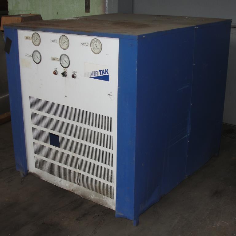 Compressor 5 hp Air Tak air dryer model D-1000-W-HP, 1000 cfm4