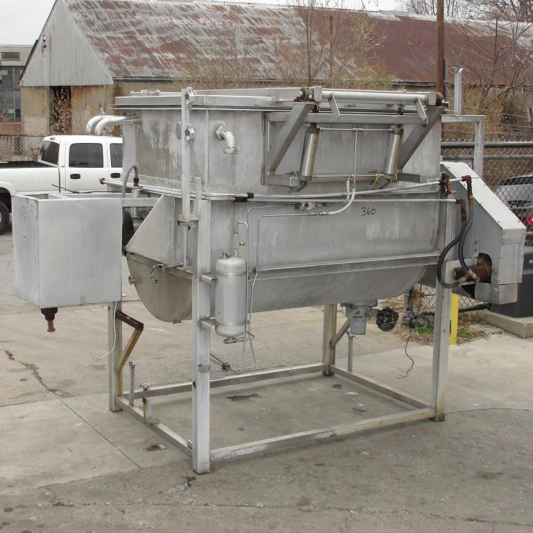 Kettle 650 gallon L & A Engineering processor kettle, agitator rotating tubular spiral, Stainless Steel, 60 sq.ft heat exchanger10