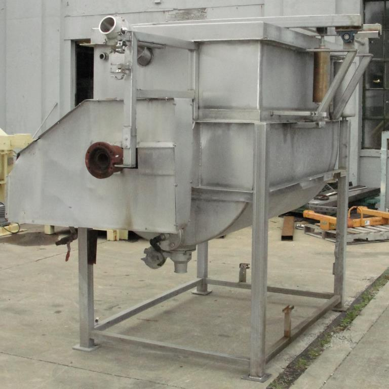 Kettle 650 gallon L & A Engineering processor kettle, agitator rotating tubular spiral heat exchanger, Stainless Steel4