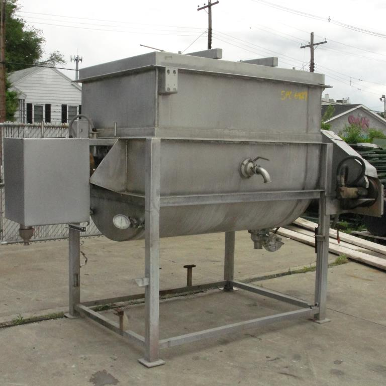 Kettle 650 gallon L & A Engineering processor kettle, agitator rotating tubular spiral heat exchanger, Stainless Steel5