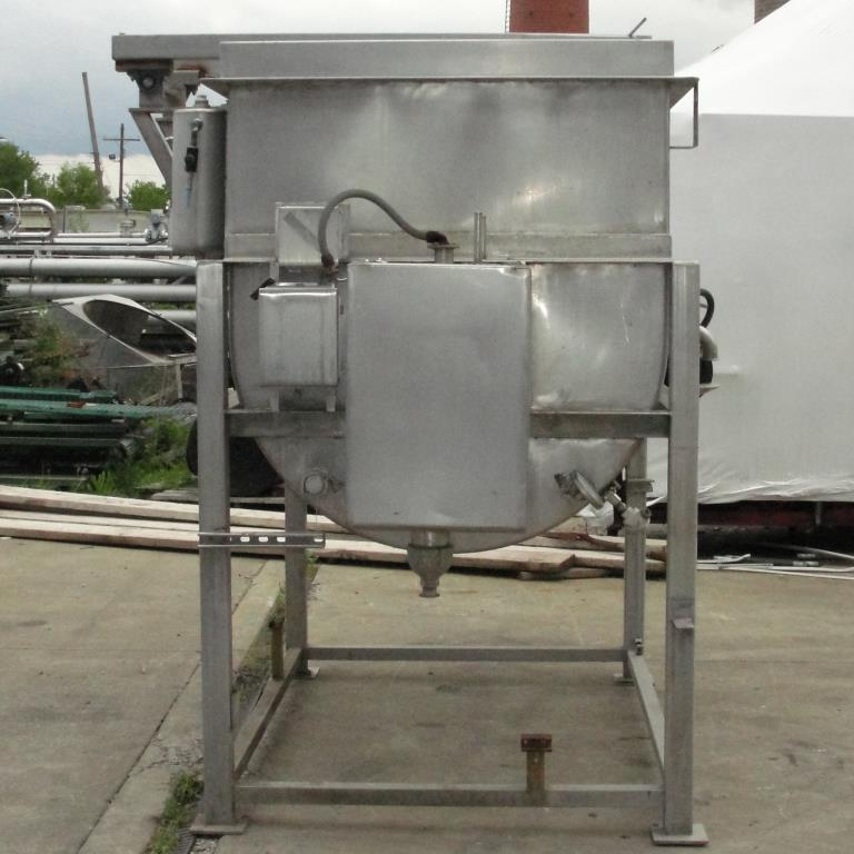 Kettle 650 gallon L & A Engineering processor kettle, agitator rotating tubular spiral heat exchanger, Stainless Steel6