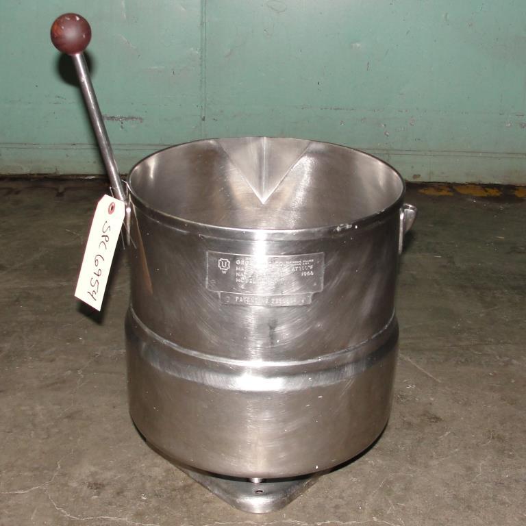 Kettle 5 gallon Groen hemispherical bottom kettle, 45 psi jacket rating, Stainless Steel3