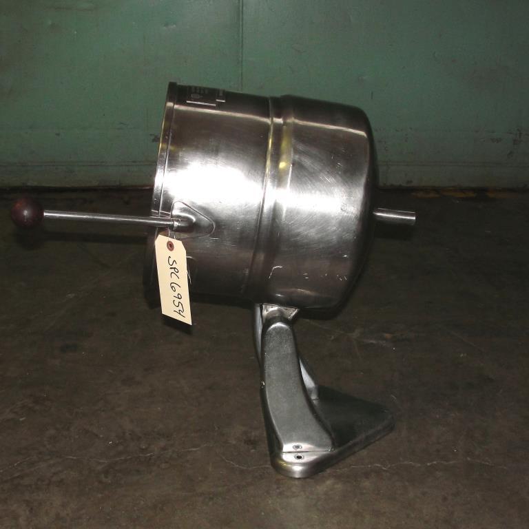 Kettle 5 gallon Groen hemispherical bottom kettle, 45 psi jacket rating, Stainless Steel5