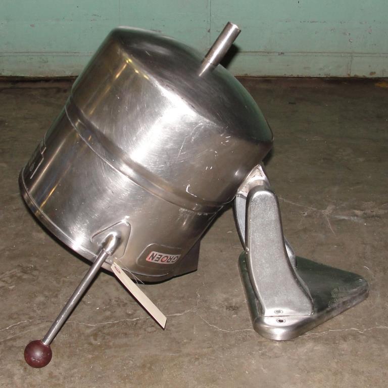 Kettle 5 gallon Groen hemispherical bottom kettle, 45 psi jacket rating, Stainless Steel6