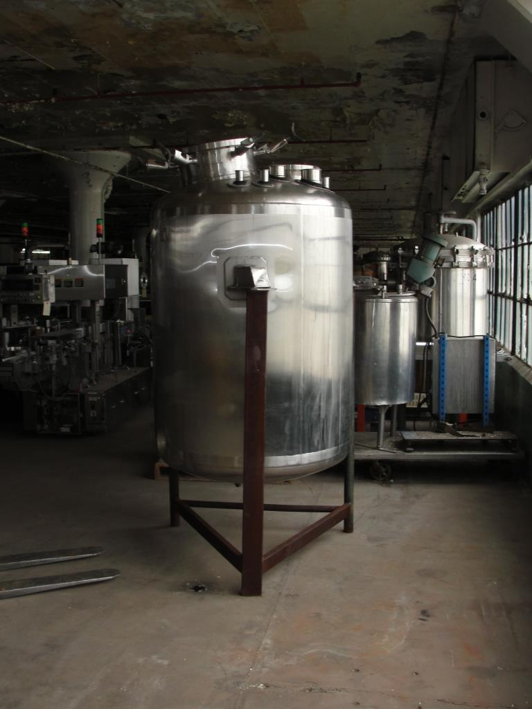 Reactor 250 gallon Custom Fabricating chemical reactor, 150 psi internal, 150 psi jacket4