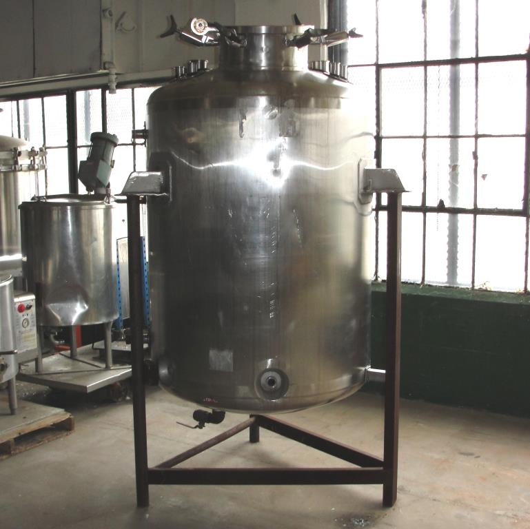 Reactor 250 gallon Custom Fabricating chemical reactor, 150 psi internal, 150 psi jacket6