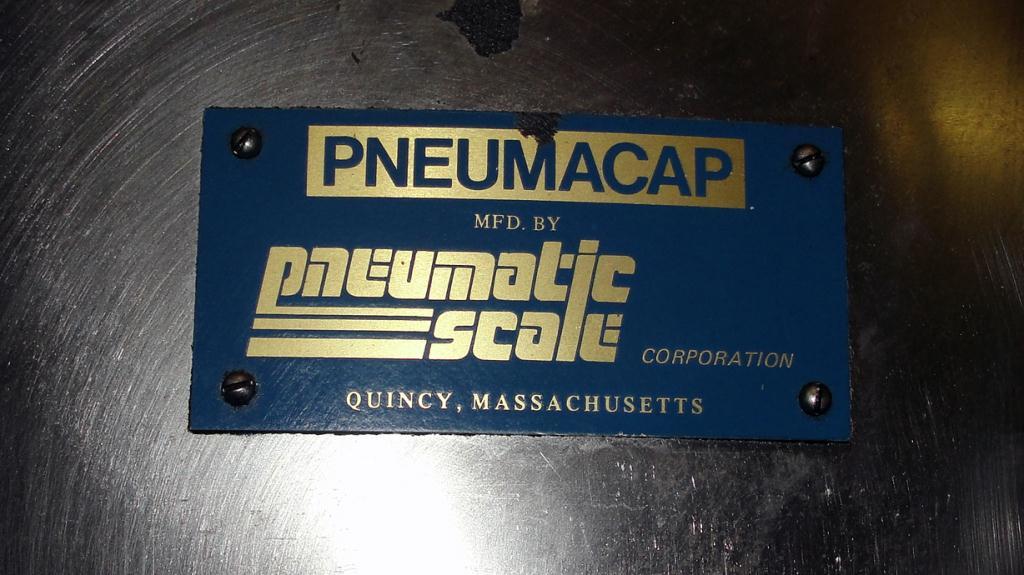 Capping Machine Pneumatic Scale screw capper model 12 Head, 33mm5