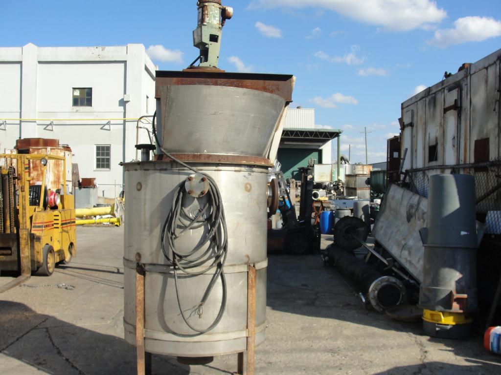 Tank 300 gallon vertical tank, Stainless Steel, 1 hp agitator, conical bottom3