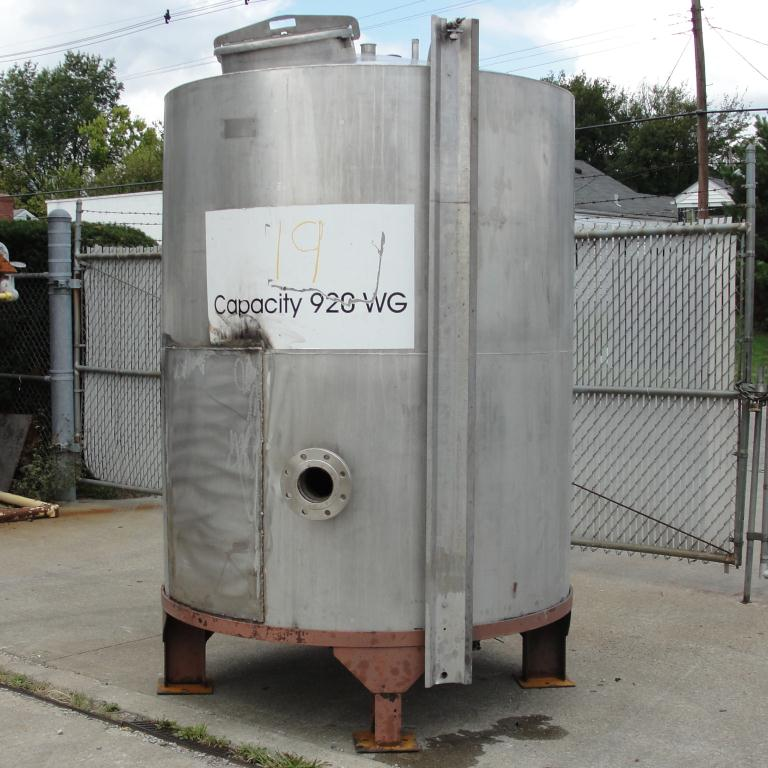 Tank 900 gallon vertical tank, Stainless Steel, conical6