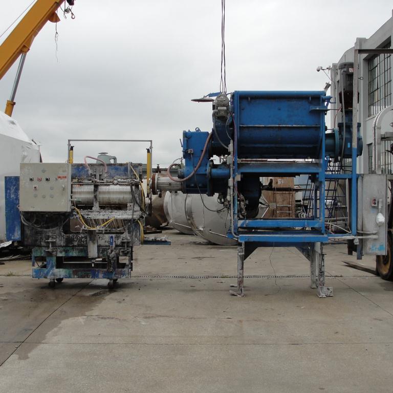 Extruder 16 diameter extruder kneader 7.5 hp drive2