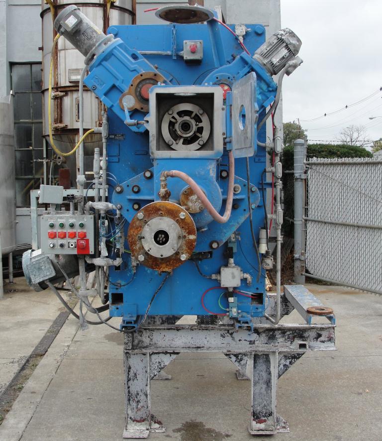 Extruder 16 diameter extruder kneader 7.5 hp drive8