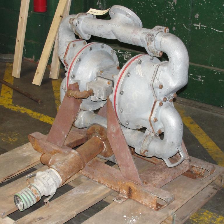 Pump 3 SandPiper diaphragm pump, Aluminum3
